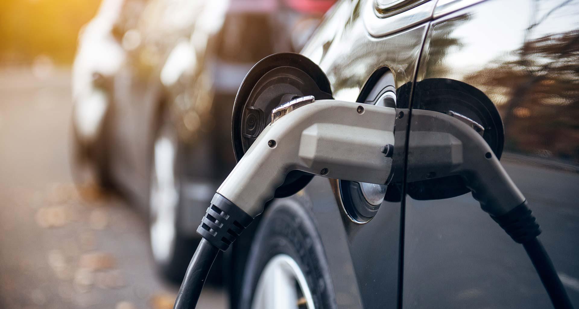 รถคันใหม่ปีใหม่นี้ ควรเป็นรถแบตเตอรี่ไฟฟ้า?